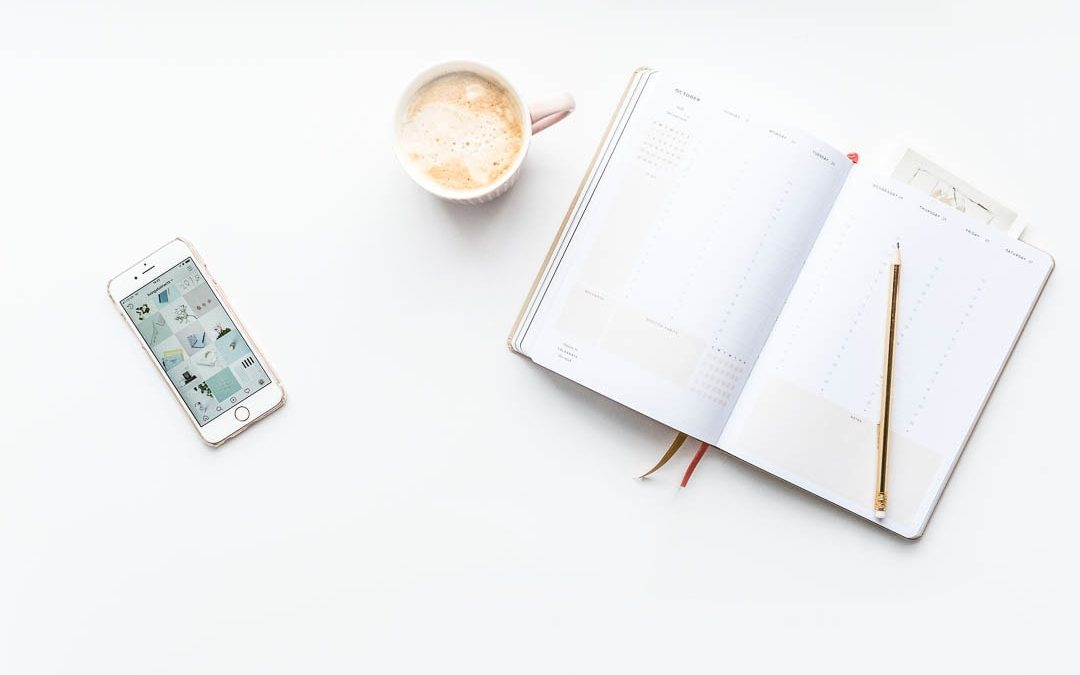 7 REASONS TO CREATE A SOCIAL MEDIA SCHEDULE AND CHANGE YOUR LIFE